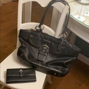 Coach Black Leather Purse & Wallet